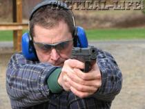 10-ed-shooting-pistol-face-on