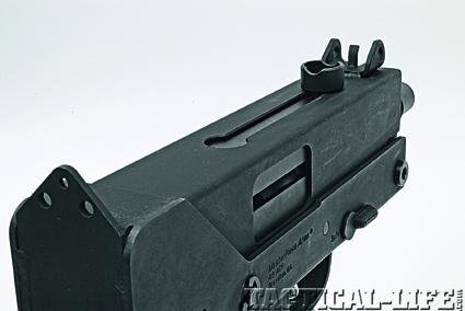 mpa10-sights-and-cocking-handle