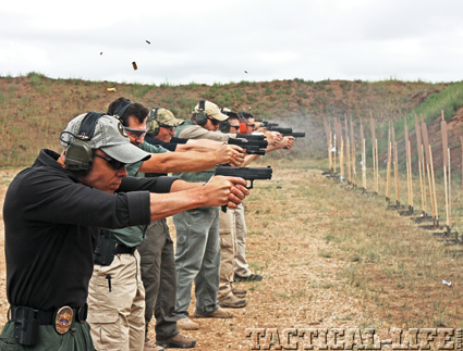 combat-handguns-basic-training-b