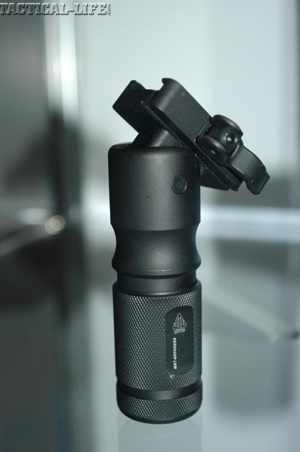 leapers-foldable-foregrip2