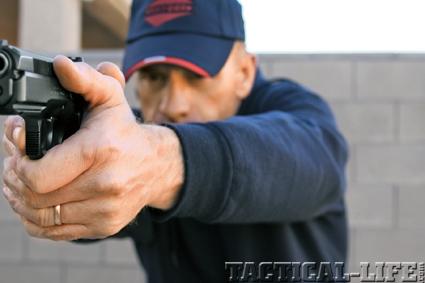 combat-handguns-tactics-b