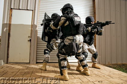 tactical-weapons-swat-b