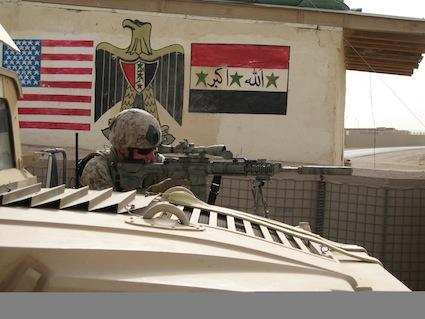capt-christiansen-with-ar-10-in-iraq