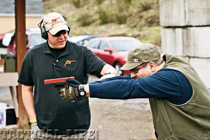 combat-handguns-basic-training-b