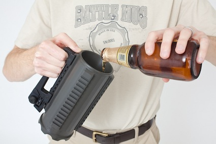 pouring_beer_2339-640x427