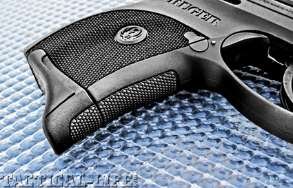 The LC9 comes with the option of an  extended finger floorplate for the mag  that allows for a full-hand grip.