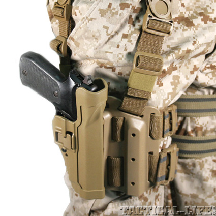 2a-the-blackhawk-serpa-holster-adopoted-by-the-usmc