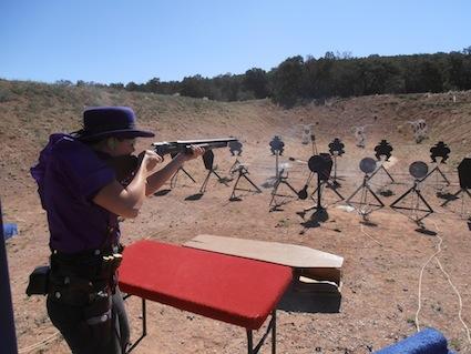 randi-ht-shotgun