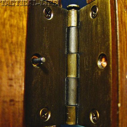 safe-home-06-pinned-hinge