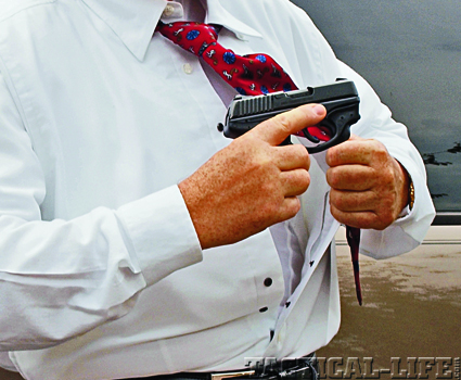 3bwith-the-tactical-undergear-holster-shirt