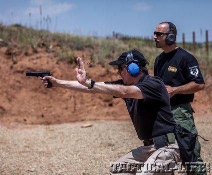 071012-defensor-israli-combat-shooting-11_phatch