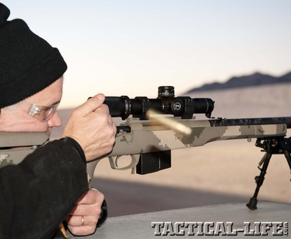 police-bolt-rifle-in-action_phatch