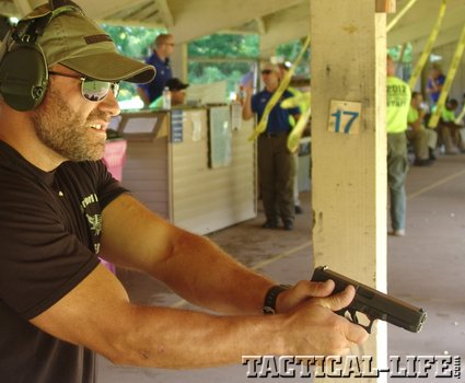 1-csc-competitors-using-glock-pistols-3_phatch