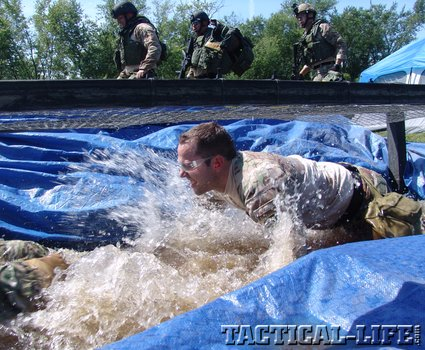 5-each-team-had-to-overcome-obstacles-during-each-event-18_phatch