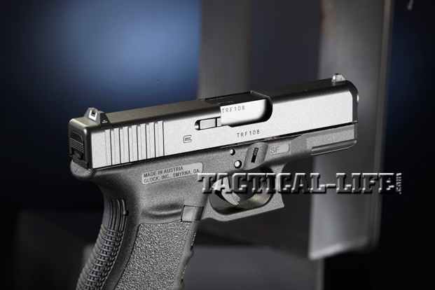 Combat Handguns Glock-30S-45ACP-ejection-port