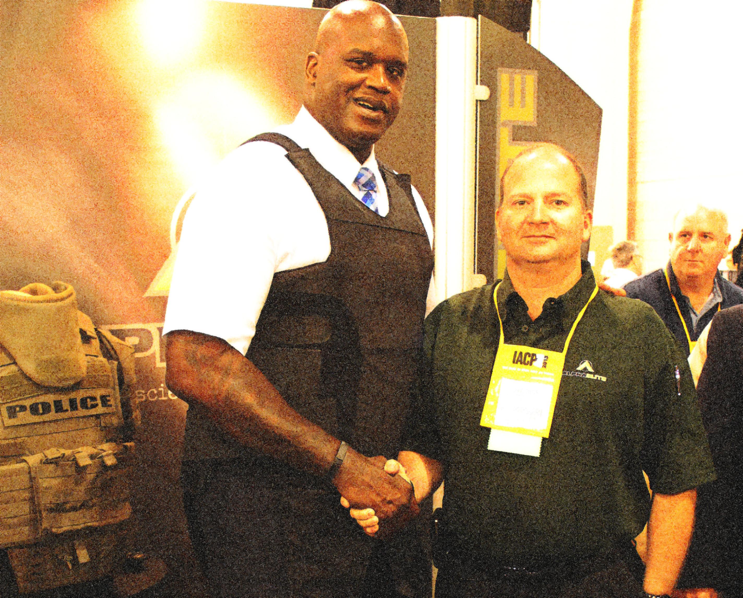 IACP 2013 - Shaq in his Point Blank Alpha Elite with CEO Daniel Gaston