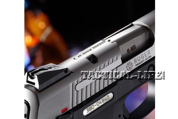 Combat Handguns Ruger-SR45-chamber-indicator