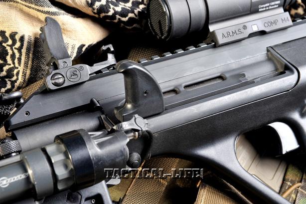 STEYR AUG A3 NATO sight light