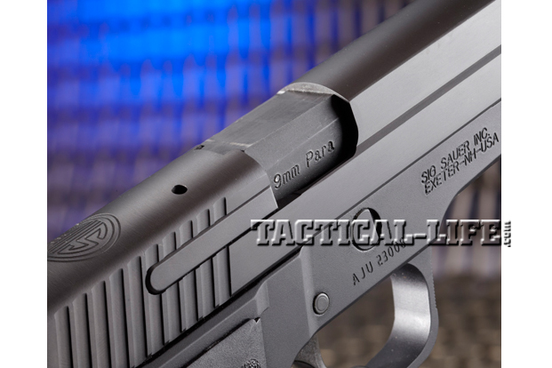 Combat Handguns Sig-Sauer-M11-A1-ejection-port