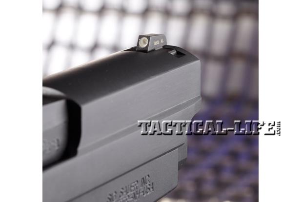 Combat Handguns Sig-Sauer-M11-A1-front-sight