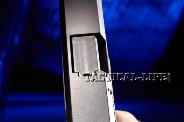 Combat Handguns Steyr-L9-A1-ejection-port