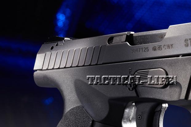 Combat Handguns Steyr-L9-A1-slide-operations