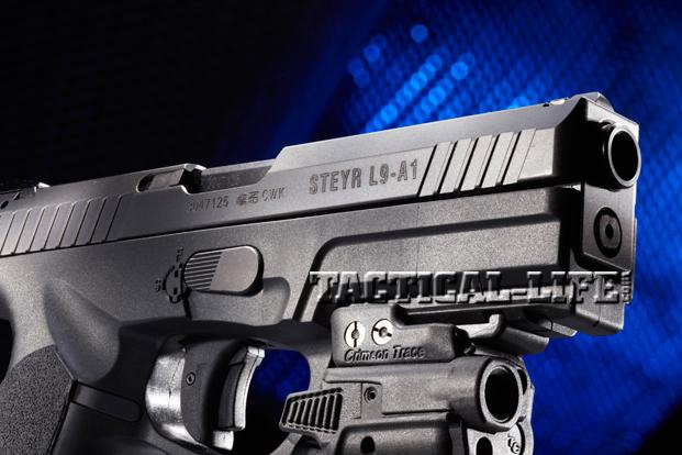 Combat Handguns Steyr-L9-A1muzzle
