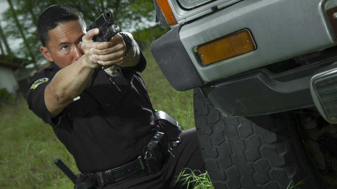 Law Enforcement Tactics - First Responder Split-Second Counterstrikes - Engaging the Threat