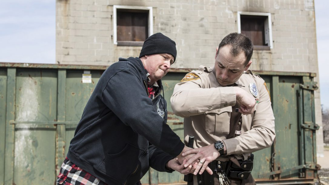 Law Enforcement Tactics - Gun Grab Counterstikes - Ambush