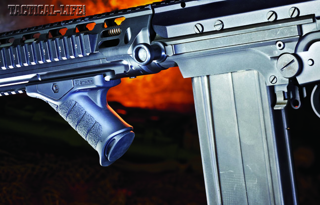 The non-reciprocating charging handle is located on the left side of the receiver for support-hand manipulation (for right-handed shooters). DS Arms includes one steel, 20-round magazine.