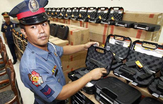Philippine National Police Philippine National Police Get New GlocksGet New Glocks