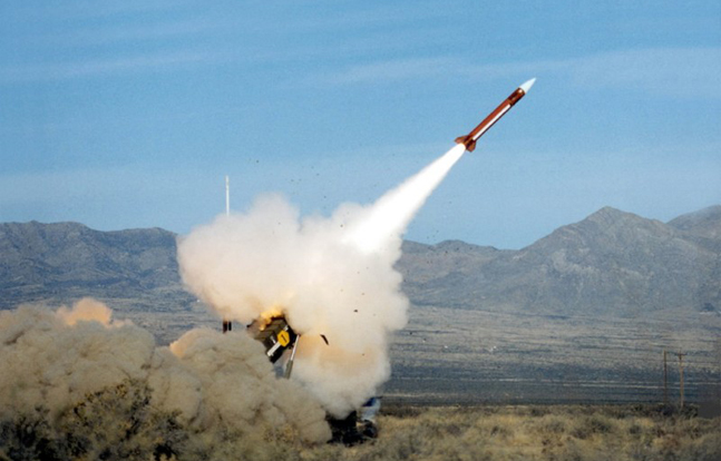 India and Israel are teaming up to build an integrated anti-missile defense system.