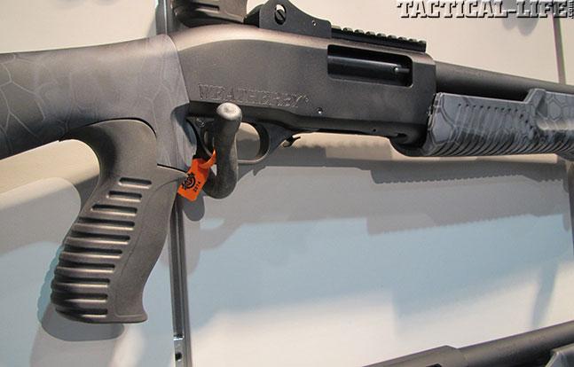12 New Tactical Shotguns For 2014 - Weatherby WBY-X SA-459 Black Reaper TR Pump Closeup