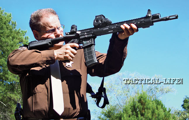 Quickly transitioning from target to target at CQB distances and accurate enough to handle shots at greater distances, the M&P15 VTAC II carbine is perfect for LEO or civilian use.