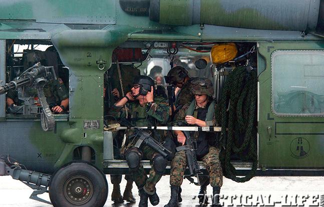 m4 carbine m16 m203