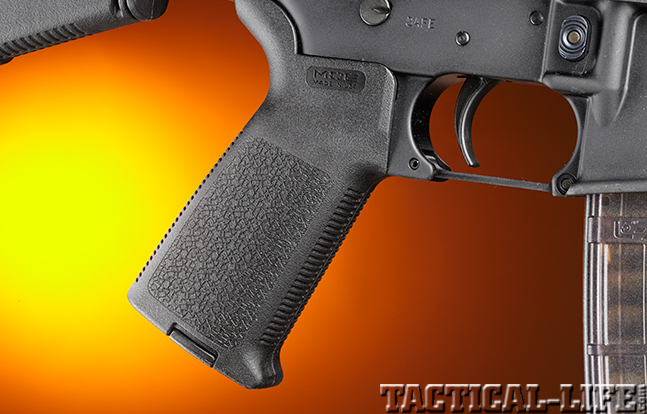 Stag Arms Model 3T-M rifle pistol grip