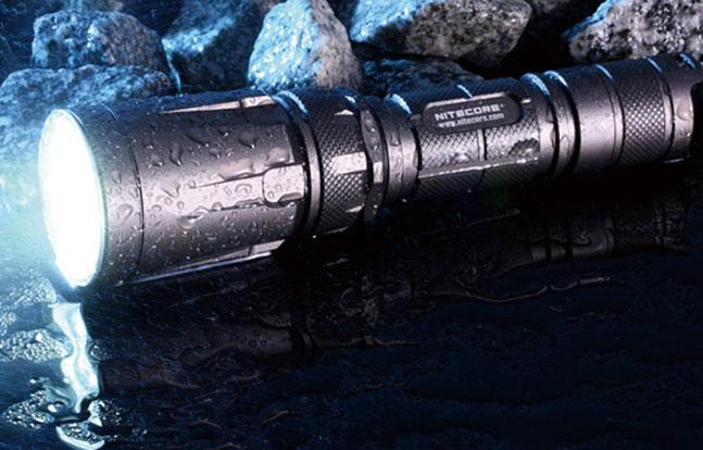 NiteCore SRT7 GWLE November 2014 water