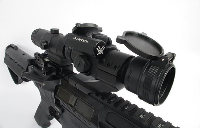 Colt M.A.R.C. 901 sp scope