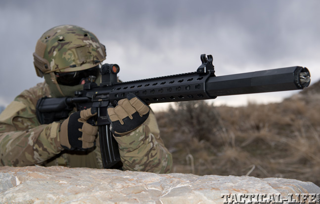 Top 30 Rifles TACTICAL WEAPONS 2014 Heckler & Koch MR556A1-SD field
