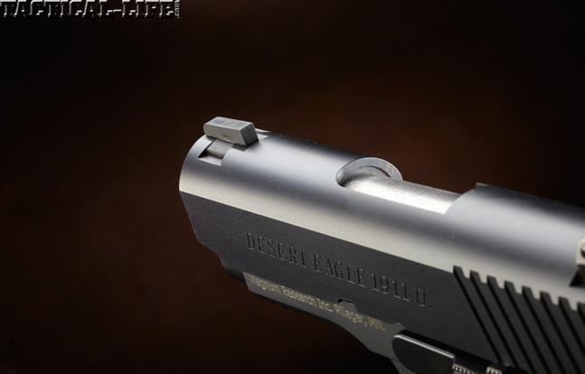 Combat Handguns top 1911 2015 MAGNUM RESEARCH DESERT EAGLE 1911U sight