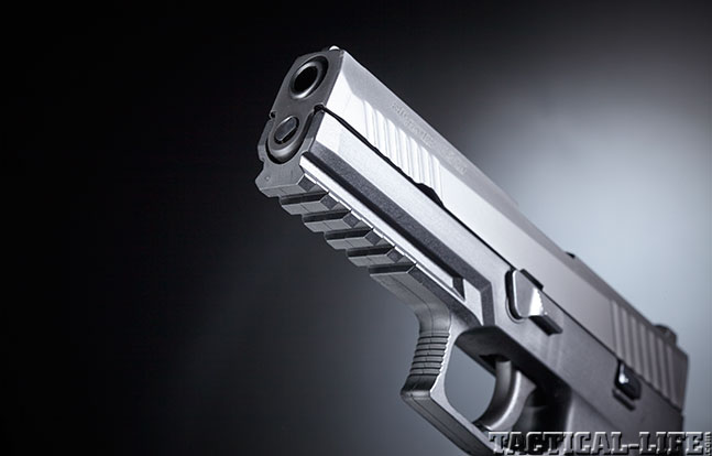 Top 18 Full-Size Guns 2014 SIG SAUER P320 rail