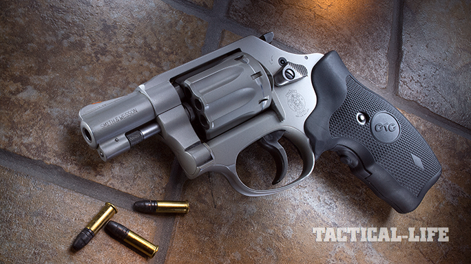 Revolver Top 10 GBG 2015 Smith & Wesson 317