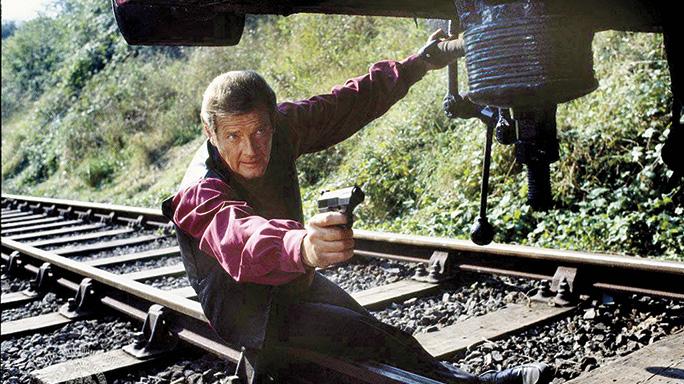 Walther PPK James Bond Roger Moore