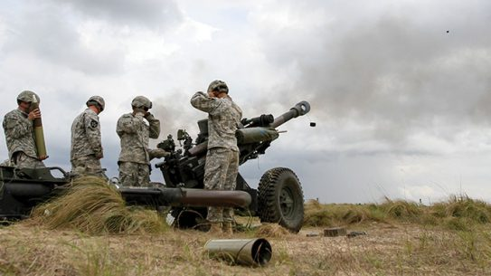 M119 Howitzer Army 2015