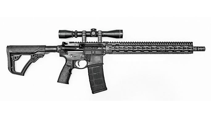 Test Daniel Defense DDM4V11LW Rifle right