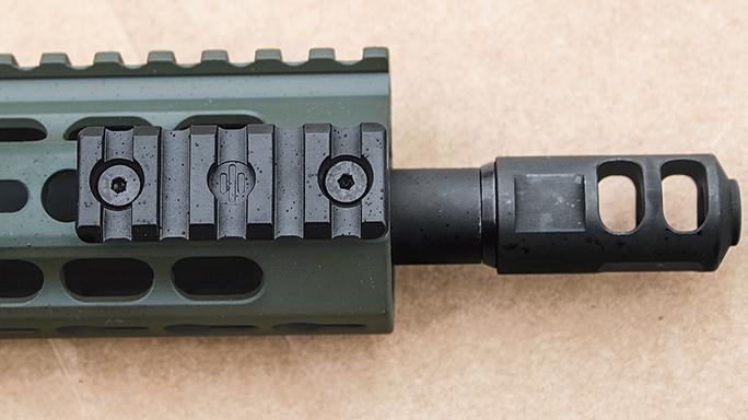 Gun Test Barrett REC7 DI Rifle 5.56mm handguard