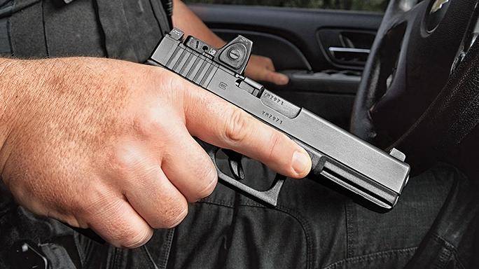 Glock Buyer's Guide 2016 Glock 17 Gen4 MOS