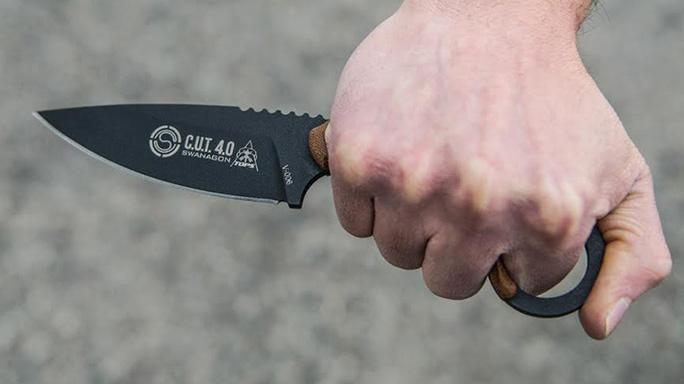 TOPS Knives CUT 40 grip