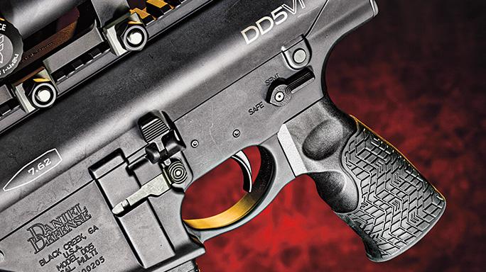 Daniel Defense DD5V1 7.62mm grip