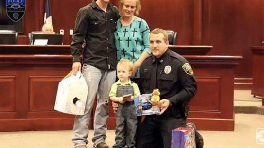 chase miller, texas police officer, texas kfc, kfc boy